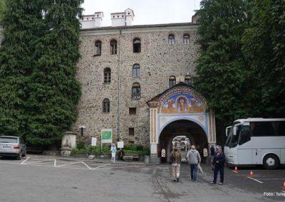 Entrada principal al Monasterio de Rila